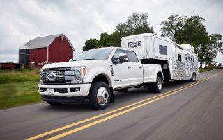 2017 Ford F450 pulling horse trailer
