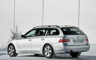 Sporty performance is standard in the 2006 BMW 530xi