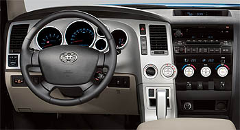 2007 Toyota Tundra front dash
