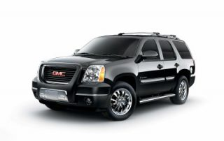 "2007 GMC Yukon accessorized with 20"" chrome wheels"