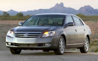 2007 Toyota Avalon from the front