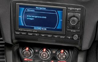 2008 Audi TT navigation center