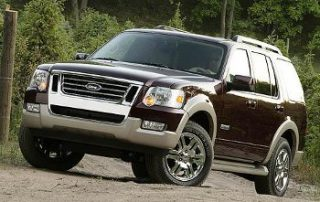 2008 Ford Explorer is no stranger to trails