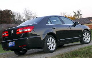2008 Lincoln MKZ side shot