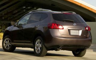 2008 Nissan Rogue CVT from the side