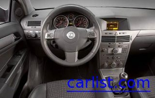 2008 Saturn Astra XE from the drivers perspective