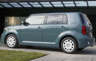 2008 Scion xB CUV from the side