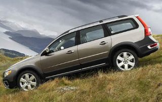 2008 Volvo XC70 showing off