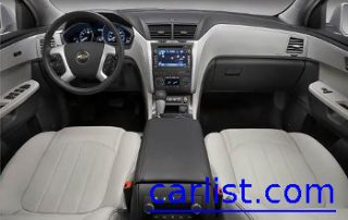 2009 Chevrolet Traverse LTZ view of the dash