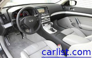 2009 Infiniti G37 Coupe has a spacious interior