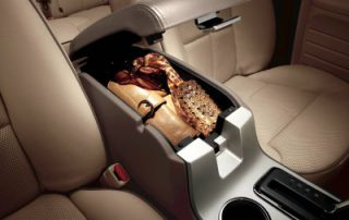 stawage and cup holders