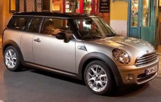 2009 MINI Cooper Clubman from the side