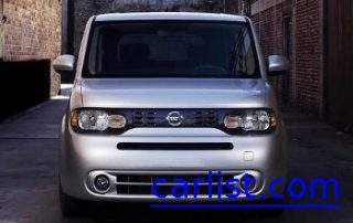 2009 Nissan Cube SL from the front