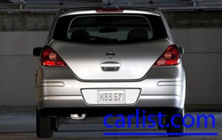 2009 Nissan Versa from the back
