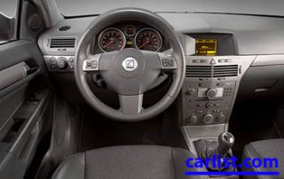 2009 Saturn Astra Hatch interior