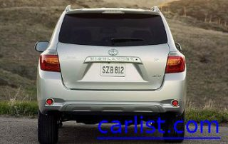 2009 Toyota Highlander from the back