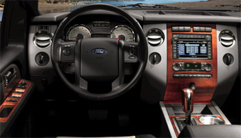 2010 Ford Expedition cockpit
