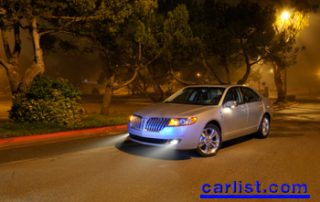 2010 Lincoln MKZ front view