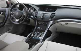 The five-seat cockpit in the TSX Sport Wagon houses bolstered sport bucket seats