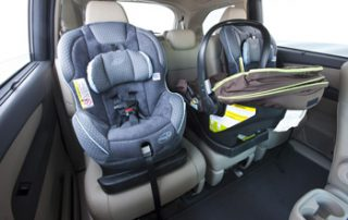 """With seating for 7 or 8, a new """"3-mode"""" second-row seat expands laterally, along with a 60/40 split 3rd-row seat"""