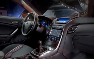 Interior fittings are nicely rendered in matte finishes with chrome accents