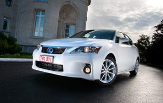 The CT 200h wears the L-Finesse Lexus styling cues, especially up front