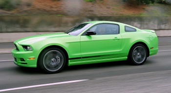 The 2013 Ford Mustang gets a new design for the 2013 model in the form of new front and rear fascias, a more prominent grille, standard high-intensity