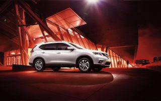 2015 Nissan Rogue side view
