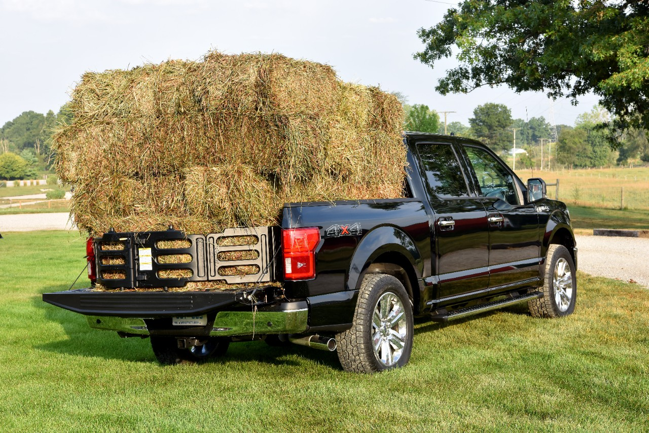2018  Ford F-150 bed stacked with tailgate fence