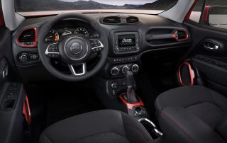 2017 Jeep Renegade front row and dash