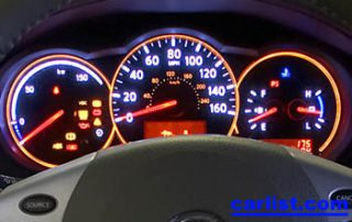 2008 Nissan Altima Hybrid gauge display