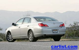 2005 Toyota Avalon new car review