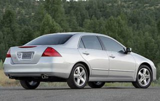 2007 Honda Accord EX V6 MT rear view