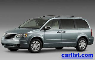 2008 Chrysler Town & Country front view