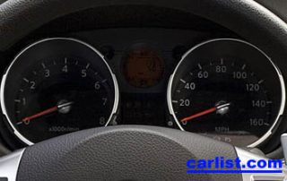 2008 Nissan Rogue CUV  gauge display