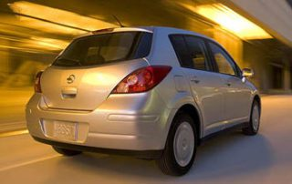 2007 Nissan Versa 1.8S Hatchback newcar review