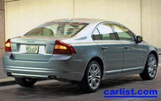 2007 Volvo S80 rear view